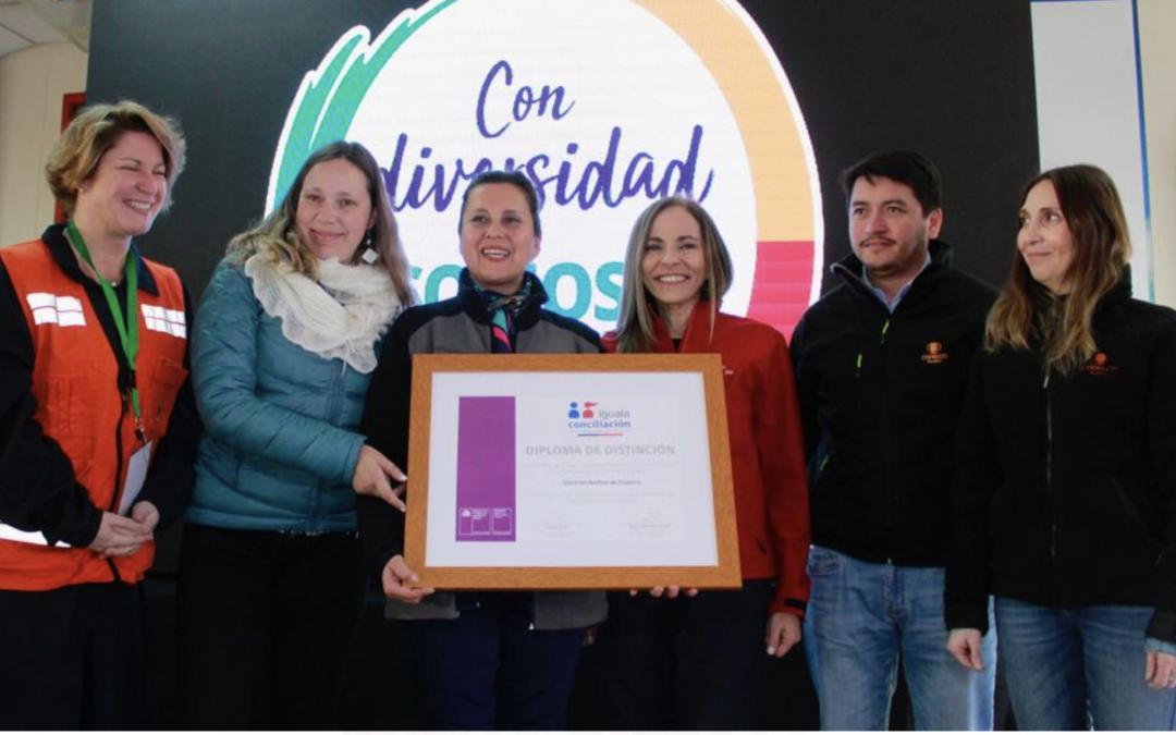 Ministerio de la Mujer e Identidad de Género, entrega Sello Iguala en División Andina