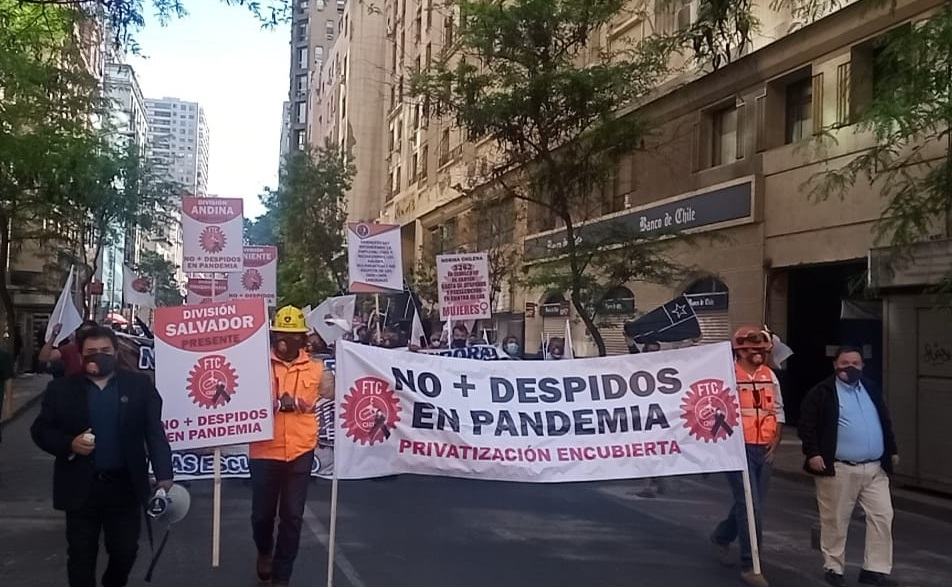 Federación de Trabajadores del Cobre denuncia despidos masivos e intentos de «privatización encubierta» de Codelco