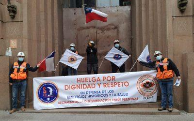 Trabajadores de Codelco protestan por intento de rebaja de beneficios